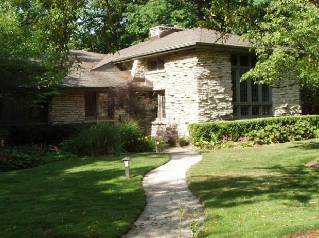 House Tour featuring Van Bergen homes